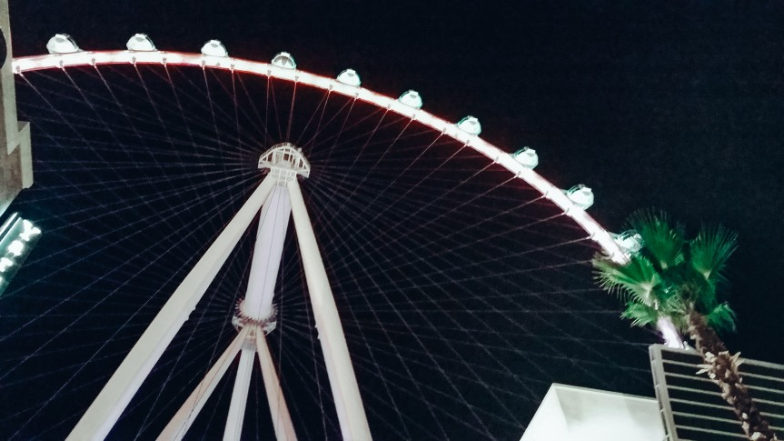 The High Roller Ferris Wheel in Las Vegas at night